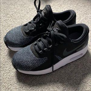 NWOT Nike Air Max sneakers size 1Y